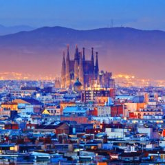 https://www.metropoliabierta.com/urbanismo/barcelona-arquitectura-no-apta-turistas_3532_102.html